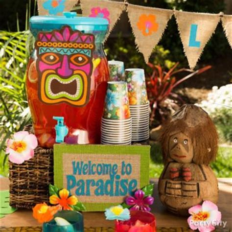 drink table decorating ideas diy summer cocktail umbrella wreath how to totally tiki