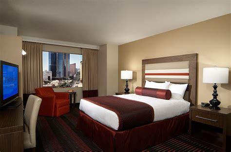select room stratosphere hotel select las vegas luxury rooms