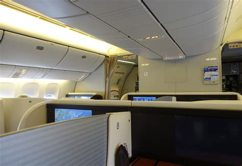 Japan Airlines Cabin by Review Japan Airlines Class 777 300er Travelsort