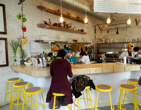 design cafe juice the butcher s daughter a ny juice bar looking very clean