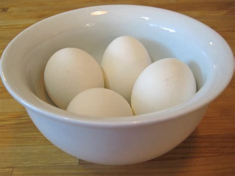how can eggs sit out at room temperature boiled eggs