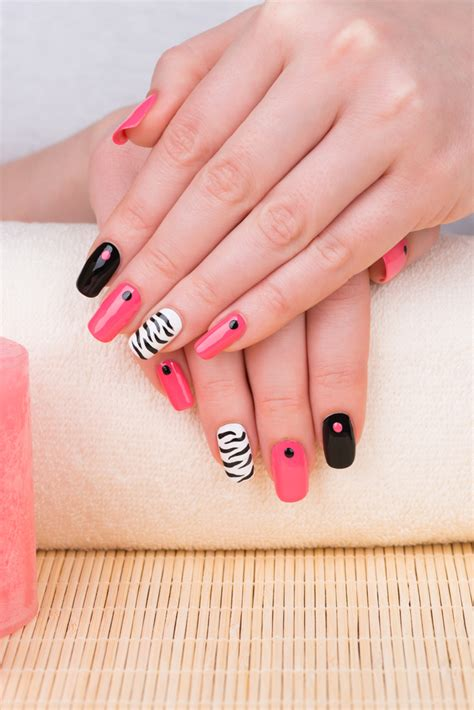 Nail Designs For Medium Nails by Creative Nail Designs For Medium Nails