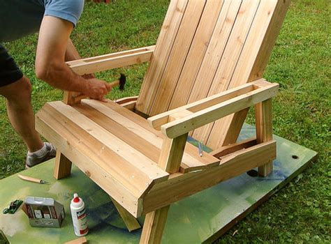making wood lawn chairs tilt  trash  holder plans
