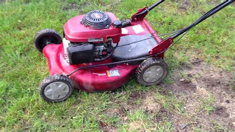 craftsman  propelled  mower   honda gcv hp engine youtube