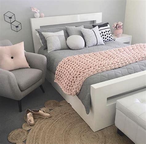 pink and gray bedrooms inspira 231 227 o nas cores e texturas escolhidas decora 231 227 o