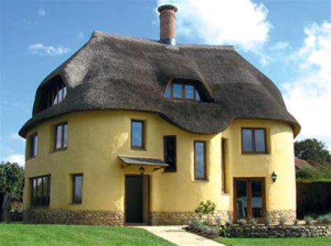 eco home building house with cob