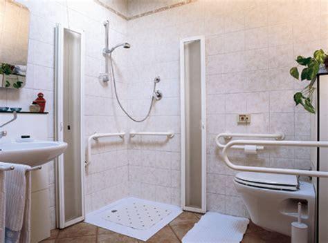 misure per bagno disabili bagno per disabili con doccia realizzazione bagni per