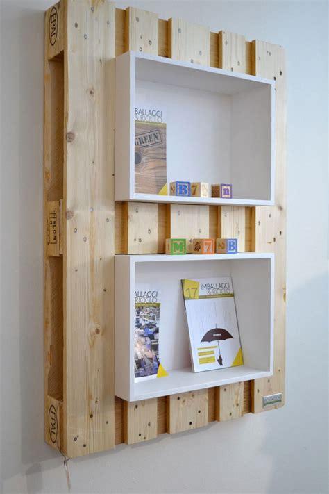 Bett Aus Holzpaletten 780 by Pallet Bookshelf Fuorisalone Re Use