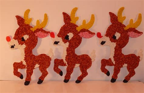 Melted Plastic Popcorn Decorations by Set Of 3 Vintage Melted Plastic Popcorn Rudolph Reindeer