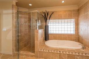 Master Bathrooms Ideas traditional master bathroom with glass block 8 quot x 8 quot icescapes block