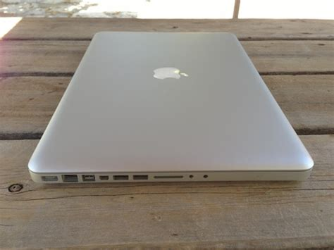 Macbook Pro 15 Inch Second jual second macbook pro 15 inch i7 vga 1gb garansi mulus