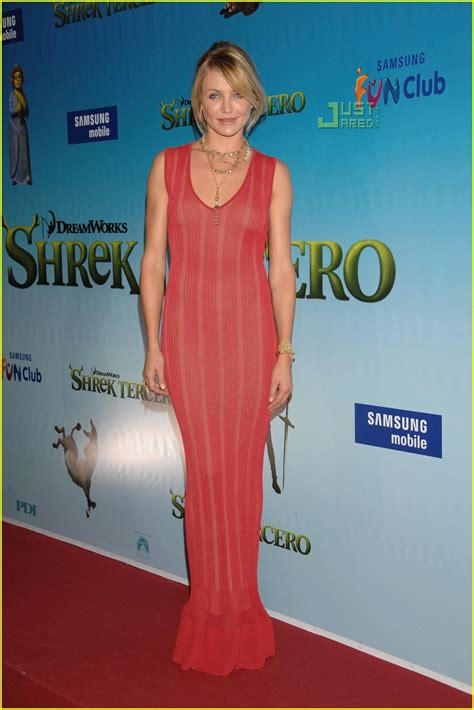 Carpet Fashion From Cameron Justin Co At The Shrek The Third Premiere by Justin Cameron Cozy On The Carpet Photo 437981