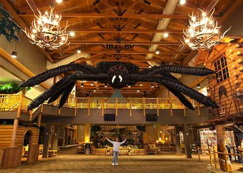 Great Wolf Lodge Williamsburg Rooms - gr 246 223 te ballonskultpur der welt kotzendes einhorn