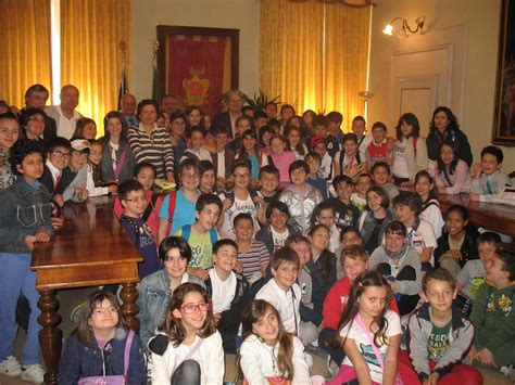 ufficio anagrafe potenza potenza picena studenti della scuola primaria in visita