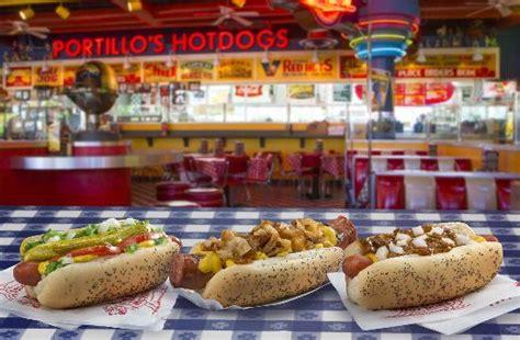 portillo s dogs chicago style maxwell chili picture of portillo s
