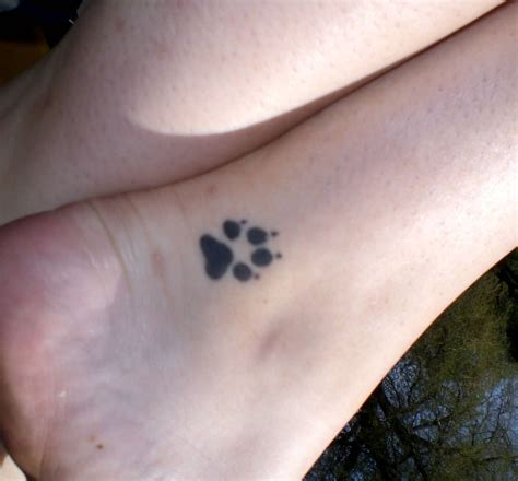 small paw print tattoos paw images designs