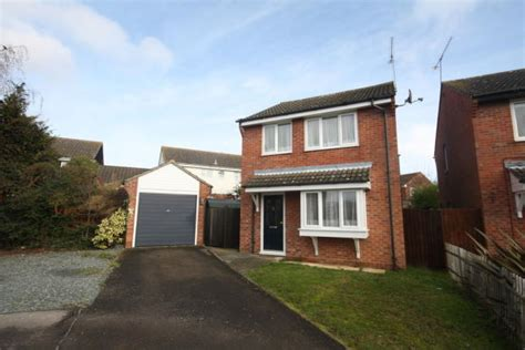 3 bedroom houses for sale in chelmsford 3 bedroom detached house for sale in chelmer village
