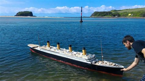 biggest boat ever sunk worlds biggest 3d printed model ship rms titanic sub to