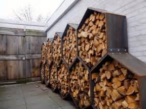lagerung brennholz brennholz zu hause lagern ohne probleme oder doch