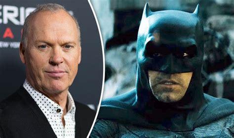 actors who could play batman in the arrowverse batman returns how michael keaton could replace ben