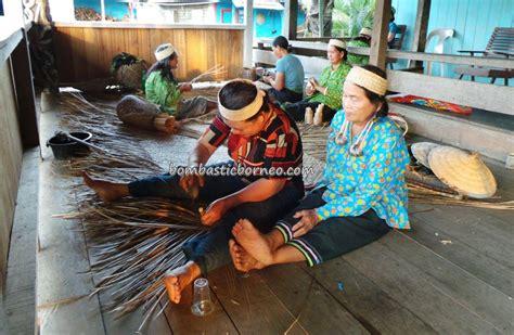 orang desa dayak kenyah desa setulang kalimantan utara