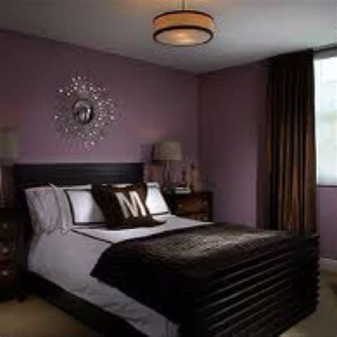 Chrome Bedroom Decor by Purple Bedroom Wall Color With Silver Chrome Accents