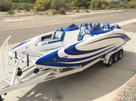 bullet boats stinger 2017 caliber 1 custom boats 265 silver bullet deck boat