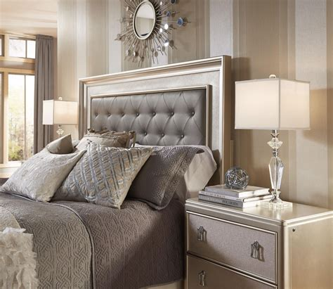 Rooms To Go Nearby by Panel Bedroom Set From Samuel 8808 255 257
