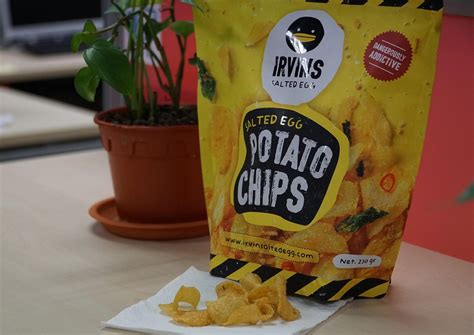 Irvins Salted Egg Small best thing i ate this week irvins salted egg potato chips food news asiaone