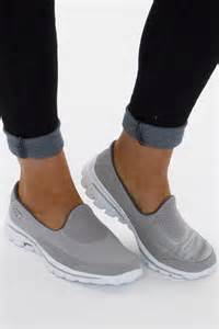 most comfortable shoes for disney world best 25 sketchers go walk ideas on pinterest sketchers