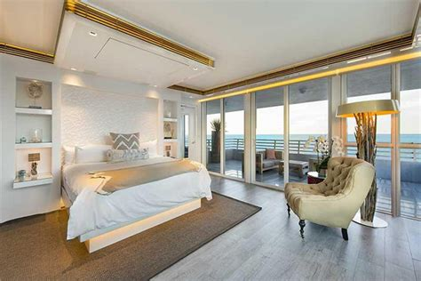 khloe kardashian bedroom the quot kourtney and khloe take miami quot penthouse is for sale