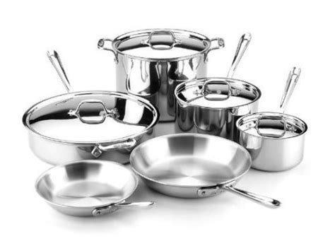 Best Kitchen Pots And Pans by Cookware Pots And Pans Buy The Right Cookware The