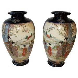 pair satsuma pottery meiji antique vases cobalt scenic 10