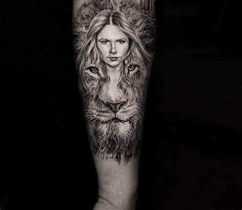 girl  lion head tattoo  niki norberg photo