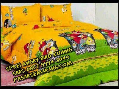 Sprei Anak Motif Putri Kuning jual sprei gorden bedcover motif angry bird kuning pasarsemarang