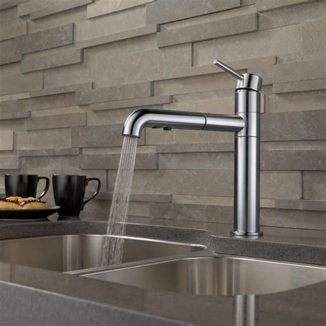 Delta Trinsic Kitchen Faucet Delta Trinsic Single Handle Pull Out Kitchen Faucet Modern Kitchen Faucets Other Metro