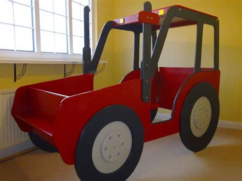 tractor bed plans 25 best ideas about tractor bed on pinterest boys tractor room john deere room and