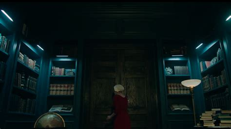 themes found in the handmaid s tale handmaid s tale set