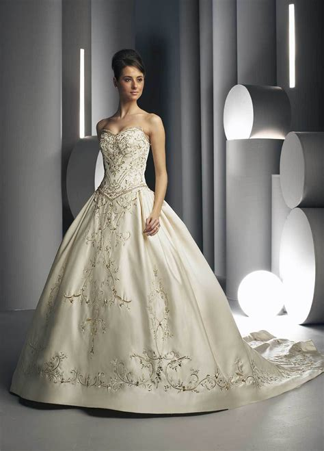 Embroidered Wedding Dress china embroidered weddding dress and wedding gown davic007