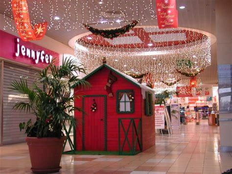 Location ou achat de votre matériel de décoration de Noël Lyon Décorations de Noël Lyon