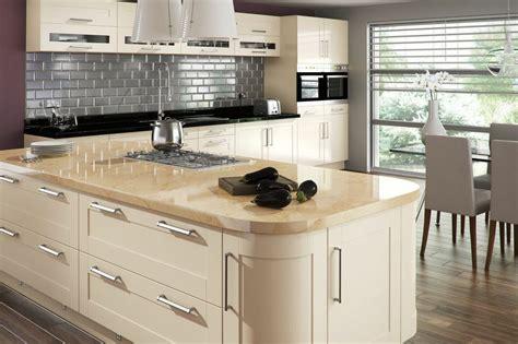 sage and cream shaker style kitchen kitchen decorating housetohome co uk amalfi cream gloss mastercraft kitchens