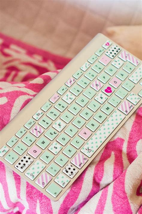 Qwertz Aufkleber Macbook by Mint And Pink Polka Dot Washi Style Macbook