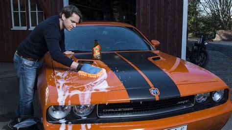 auto sauber machen innen auto richtig waschen so tun sie ihrem lack was gutes