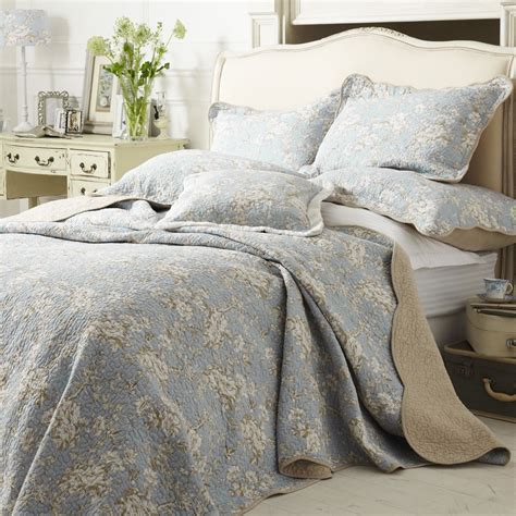 Quilted Bedspread Versailles Blue Quilted Bedspread Shop