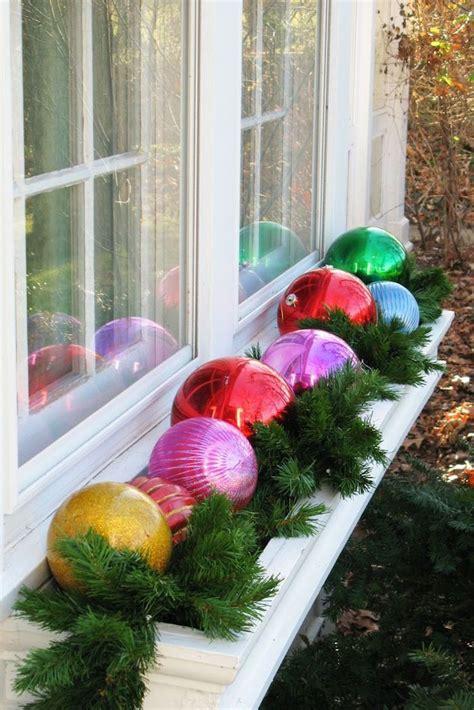 fensterdeko weihnachten kugeln 1001 ideen f 252 r bezaubernde fensterdeko zu weihnachten