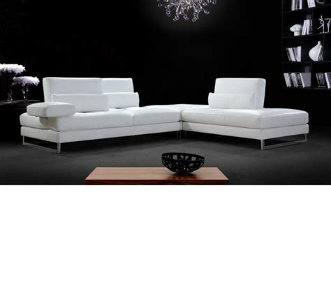 Modern White Leather by Dreamfurniture Modern White Leather