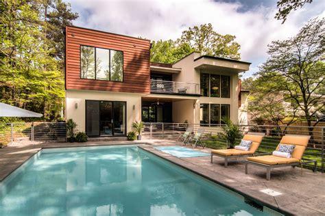 European Style Homes Modern Home Design By Liquid Design Form Haus Renovation