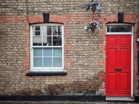 give  front door      tips snl