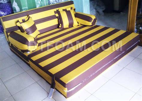 Sofabed Inoac Uk 200x160x20 Motif Volkadot Ungu sofa bed inoac oranye coklat2