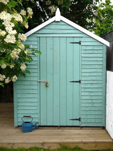 Painted Garden Sheds by Best 25 Painted Shed Ideas On Cottage Garden